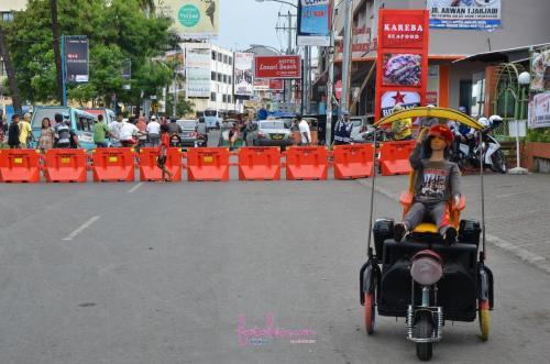 Doll.Pantai Losari, Makassar.