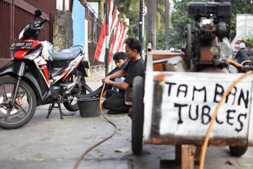 Tambal ban.Jakarta.